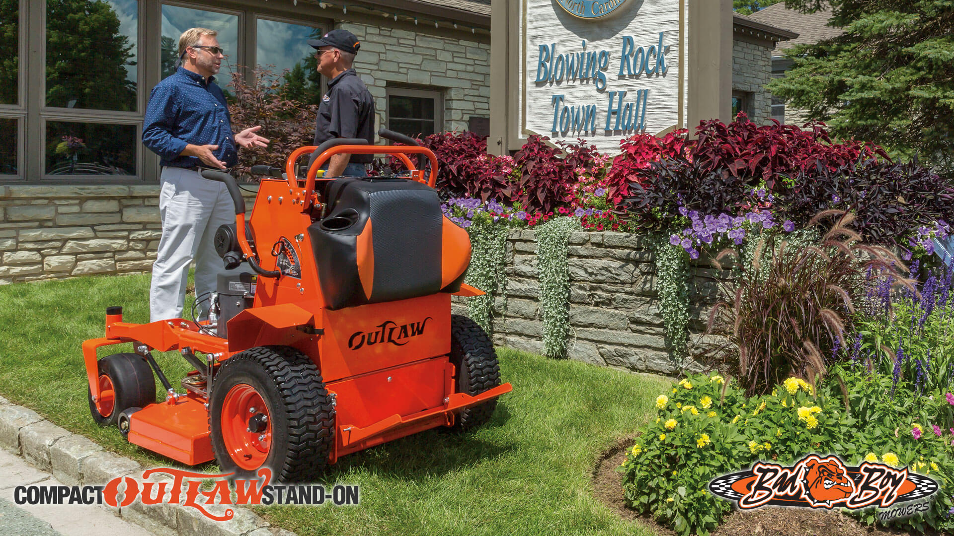 Outlaw Stand On Compact 2016 Zero Turn Mower